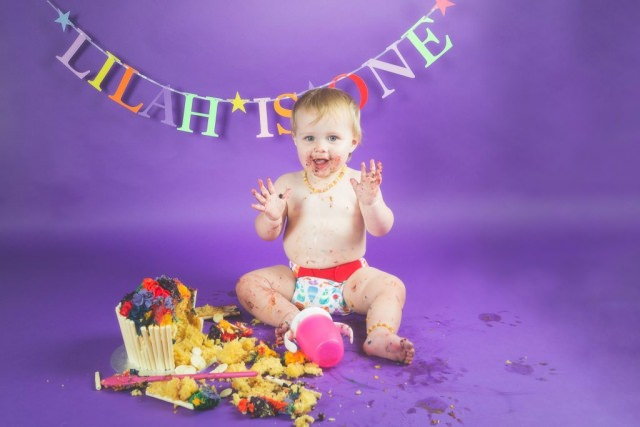 Buxton Photographer - Baby Cake Smash
