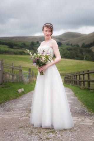 Derbyshire Wedding Photographer - Helen and Rik Hayfield