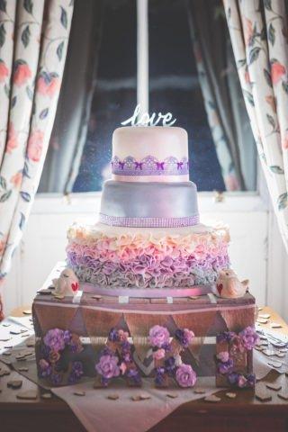 Derbyshire Wedding Photographer - The Cake Ashbourne