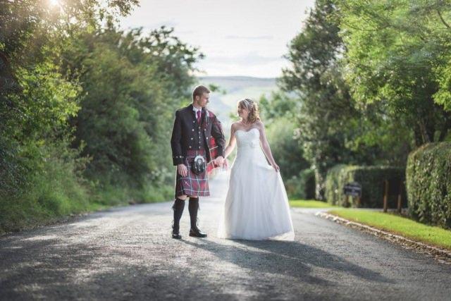 Staffordshire Wedding Photographer - Three Horseshoe Inn